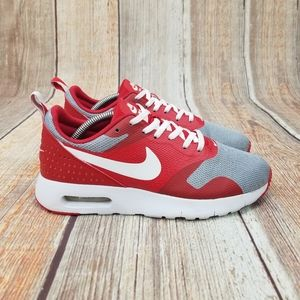 Nike Air Max Tavas Women's Size 7.5